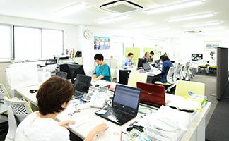 仕事風景_事務所
